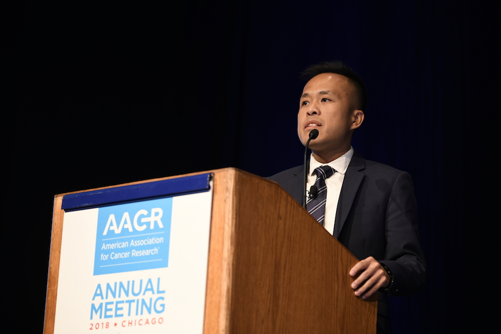 Stephen Mok, Ph.D. speaking at AACR18